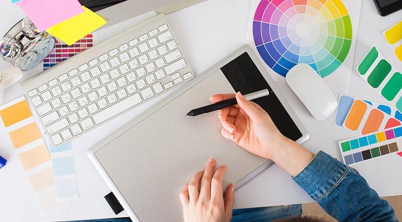 طراحی برند و علامت تجاری